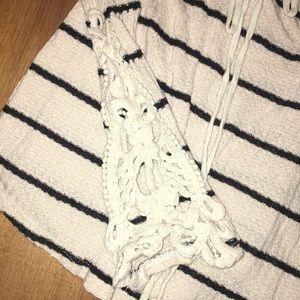 Tops - Thin knit strip long sleeve